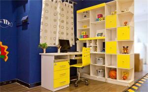 儿童房家具转角书桌书柜组合