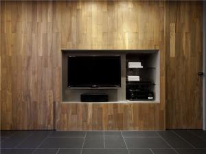 内嵌式小电视背景墙