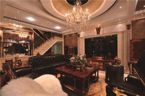 家装客厅茶几