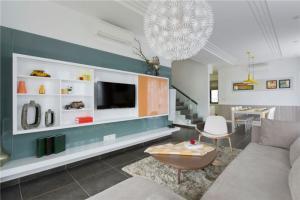 储物设计电视背景墙柜