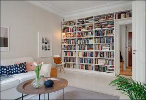 客厅书柜墙设计图