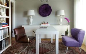 白色创意书桌
