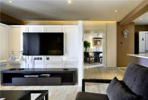 四居室现代风格电视背景墙
