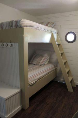 美式简约卧室二层床
