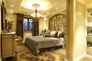 实木主卧室装修设计