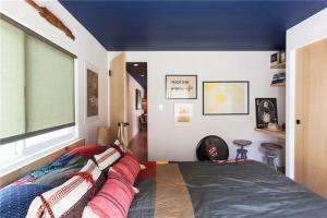 小卧室床图片欣赏