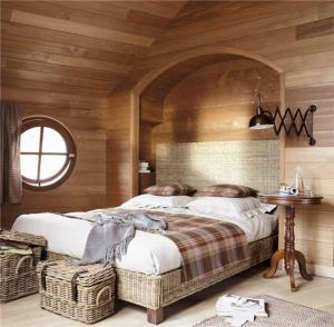 藤制小卧室床