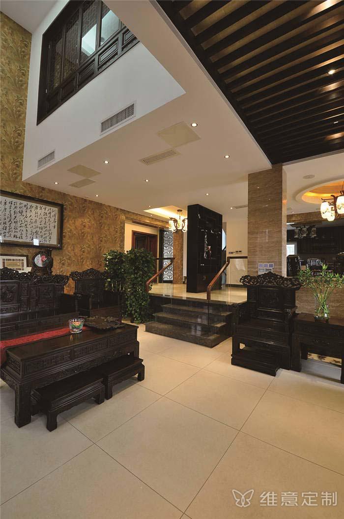 欧式奢华客厅家具图片
