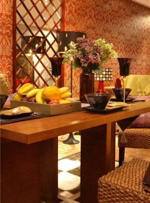 温馨长方形餐桌图片