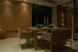 时尚小客厅餐桌图片