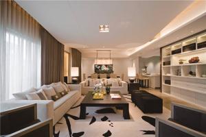 简易现代客厅茶几图片