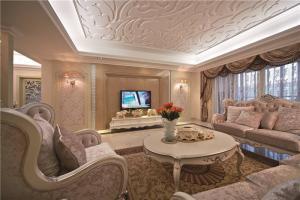 温馨客厅组合沙发