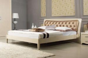 深棕色软靠卧室床款式