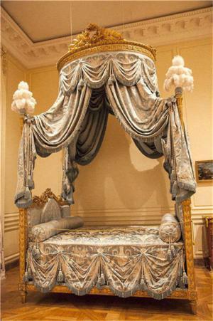 �W式床公主�和�床