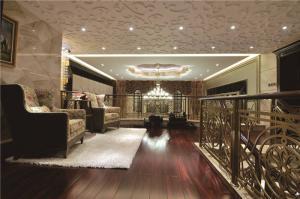 热门客厅组合沙发