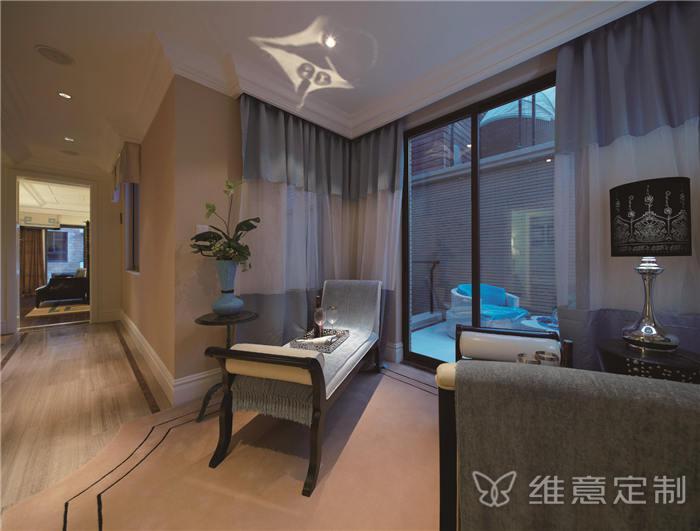 欧式奢华客厅飘窗设计效果图欣赏