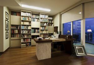 现代书房装修效果图壁柜