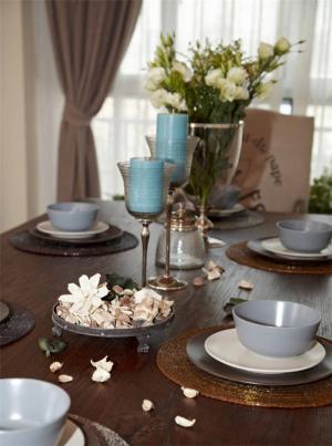 全屋家庭餐桌