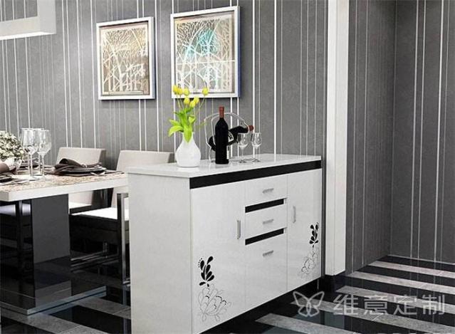 简约现代风格餐边柜实拍图