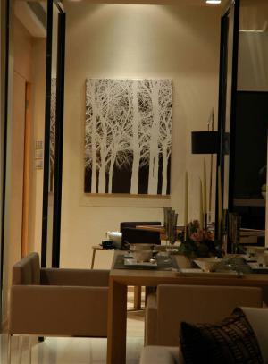 温馨餐桌效果图欣赏