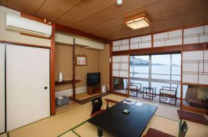 阳台日式书房