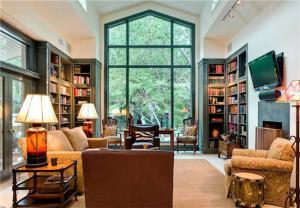 阳光书房装修效果图落地窗