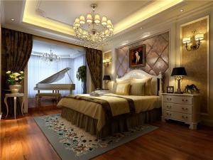 多功能带飘窗的卧室装修图