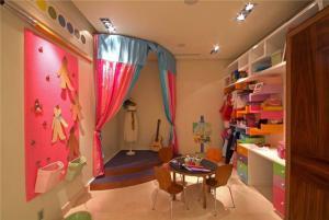 彩色儿童房书柜