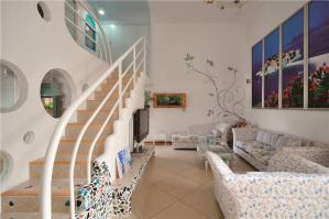 简易长方形客厅家具图片