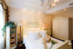 多功能十平米小卧室装修图