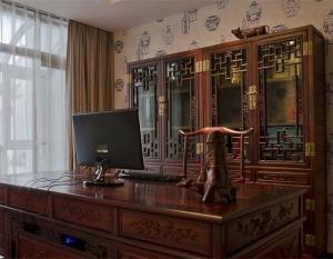 中式书柜书桌组合