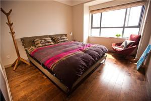 美式次卧室装修图片
