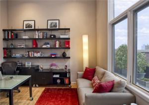 客厅简易收纳书柜