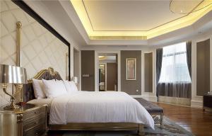 新古典简欧卧室装修