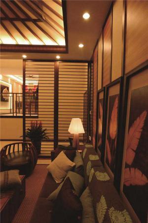 公寓大客厅沙发图片