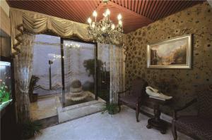 简欧客厅家具实拍图