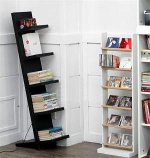 倾斜式儿童简易书柜