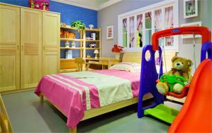 实木家具10平米儿童房设