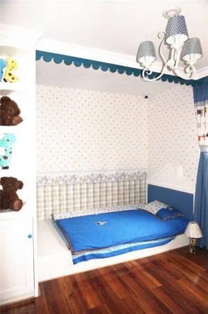 简易榻榻米儿童房