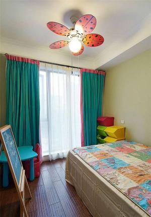 风扇吊灯创意儿童房