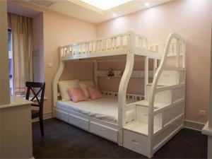 欧式小户型上下床装修家具