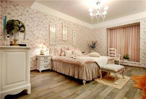 现代主卧室装修设计图片