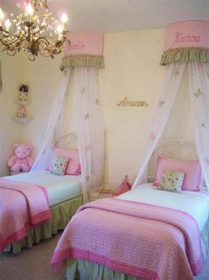 公主风两个孩子儿童房设计