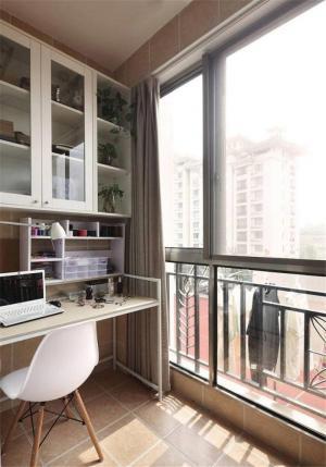 简单小阳台改书房效果图
