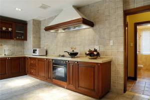 复古家庭厨房橱柜