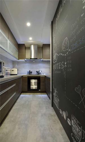 狭长型小厨房橱柜