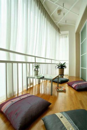 木地板阳台装饰