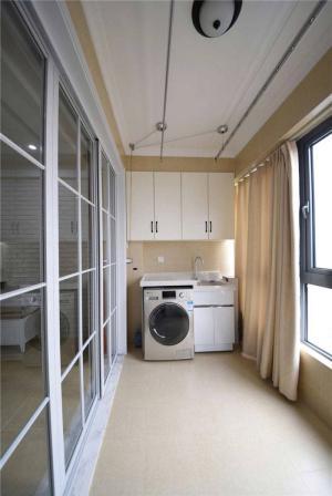 时尚风格洗衣机放阳台效果