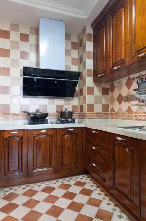复古小厨房橱柜