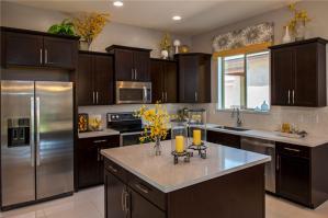 实用家庭厨房橱柜